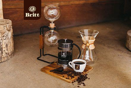 The best coffee machines with grinder combine a good price with useful features. Idea by Cafe Britt on Coffee Recipes | Coffee recipes