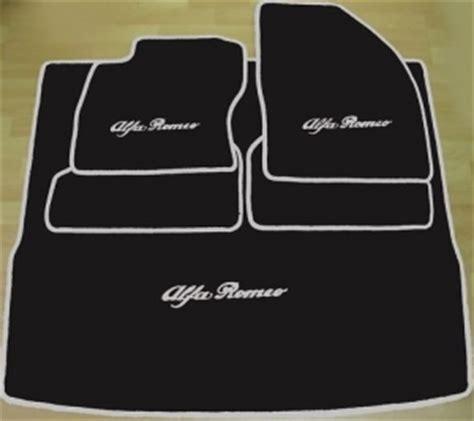 jeu de tapis de sol et de coffre alfa romeo 159 berline ou sportwagon 5 pieces gamme script color