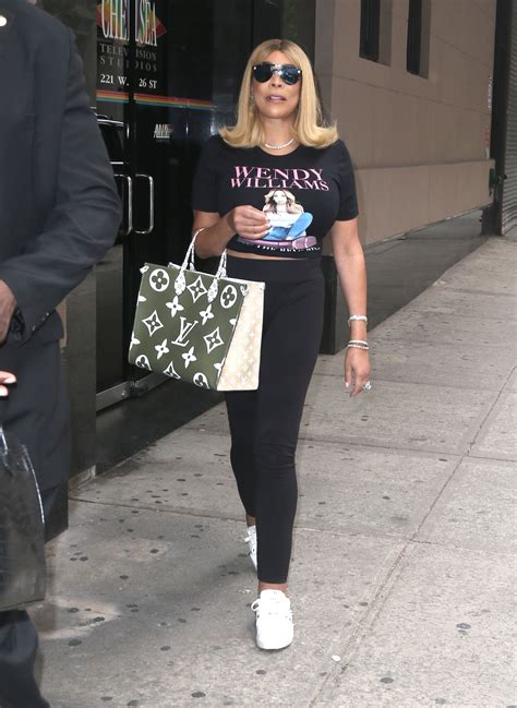 splurge wendy williams  york city louis vuitton green monogram    tote fashion