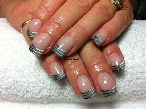grey manicure nails ongles gris black and white lines manucure fran 231 ais gris