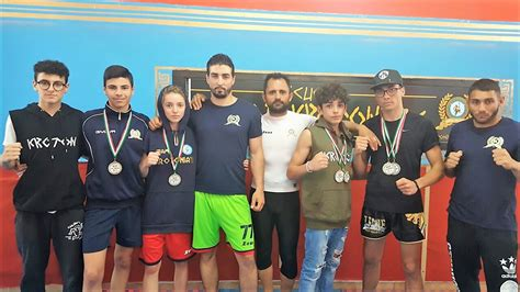 si鑒e mma mma scuola guardia krotone sul tetto d 39 italia sport strill it
