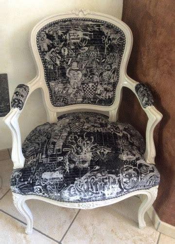 refaire un fauteuil cabriolet restaurer un fauteuil cabriolet 28 images chiner relooker redonner vie aux anciens meubles