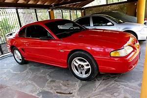Vendo o cambio Ford Mustang GT 95 | Autos AF