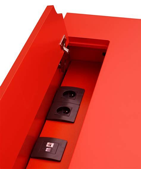 prise de bureau le bureau connecté en couleurs co pied mobilier les
