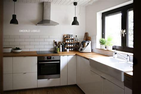Landhausküche Mit Kochinsel by Ikea K 252 Che Wei 223 Holz