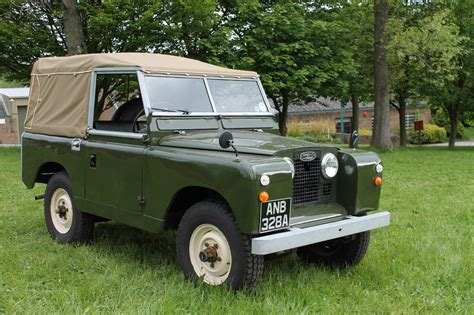 Landrover Defender Land Rover Series 2 Classic Green
