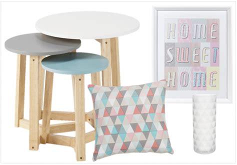 canapé bleu conforama créer un salon style scandinave à prix doux joli place