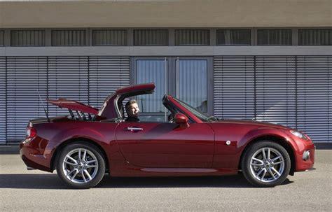 mx 5 cabrio mazda mx 5 cabrio 2013 reviews technical data prices