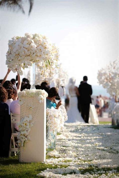 creative ways    wedding ceremony aisle