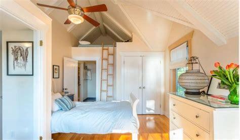 deco chambre petit espace lit mezzanine adulte et aménagement de petits espaces