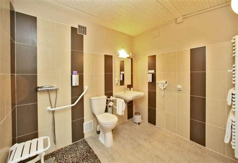 chambre d hote accessible handicapé hotel handicapé puy du fou