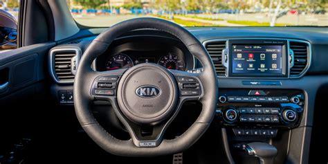 kia sportage vehicles  display chicago auto