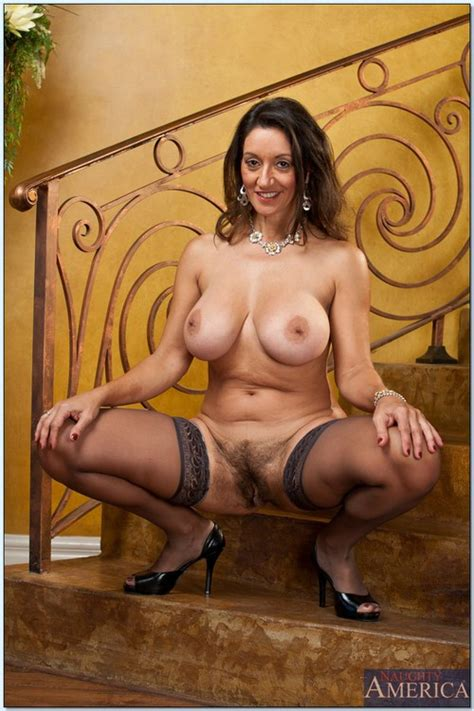 exotic looking woman persia monir nailed hard milf fox