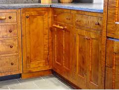 pine wood kitchen cabinets pine wood kitchen cabinets