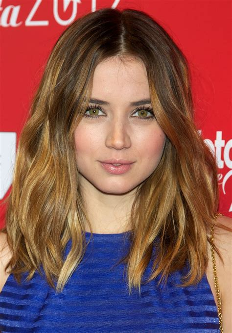 haircuts for side swept bangs shoulder length hair for square faces 1362