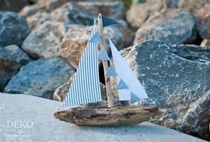 Schiff Basteln Holz : diy deko segelboot aus treibholz deko kitchen ~ Frokenaadalensverden.com Haus und Dekorationen