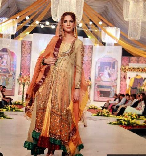 exclusive bridal mehndi dress collection  mayoon frills