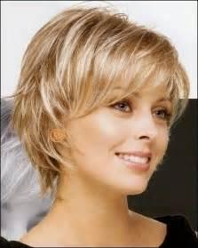 coupe de cheveux court femme 50 ans pinteres