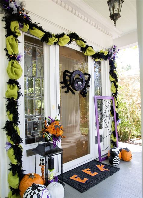 spooky front door halloween decoration inspirations