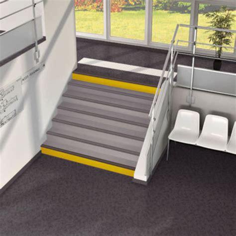 sol pvc acoustique en l 233 s pour escalier forbo flooring systems