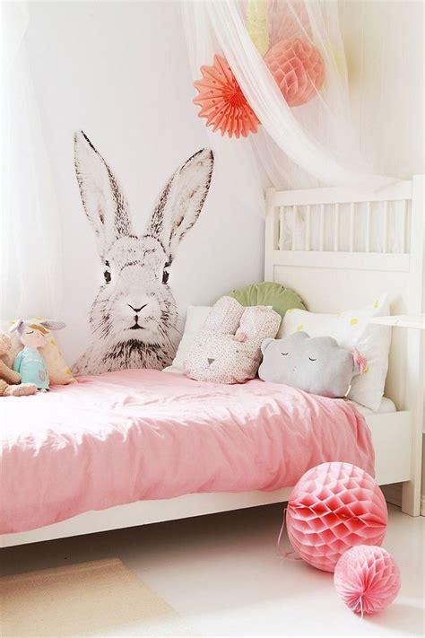 ladaire de chambre les 25 meilleures idées concernant décoration de chambre d