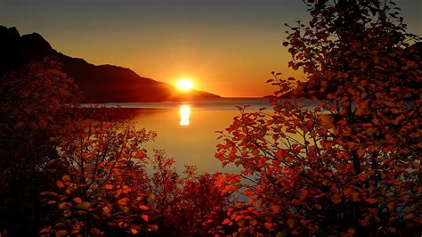 Landscape Nature Mountains Lake Trees Leaves Sun Sunset