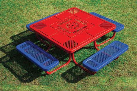 portable preschool picnic table 447 | PortablePreschool 3