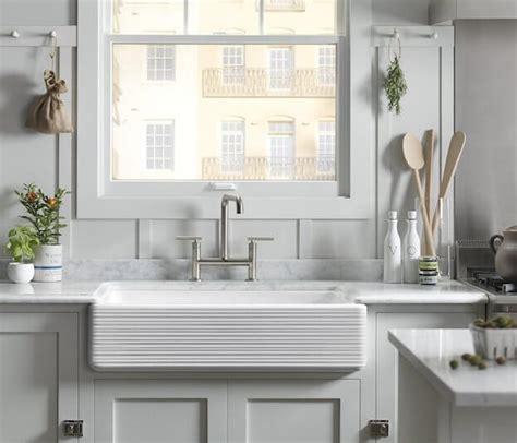 triangle kitchen sink small kitchen design kitchen design ideas minimalism 2942