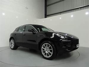 4x4 Porsche Macan : pin by simon james cars on 4x4 cars pinterest porsche porsche macan s and cars ~ Medecine-chirurgie-esthetiques.com Avis de Voitures