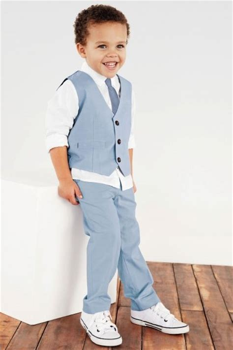 17 Best ideas about Boys Wedding Outfits on Pinterest | Ring bearer suit Boy fashion and Boys style
