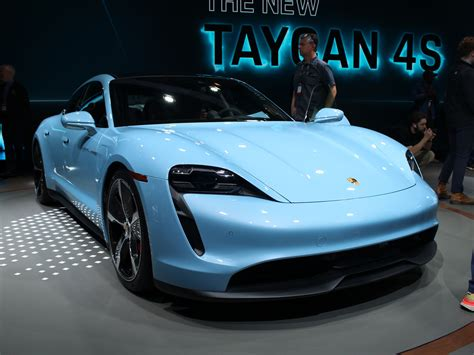 porsche taycan  unveiled  los angeles motor