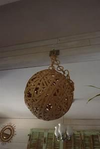 Lustre En Osier : 1000 id es propos de lustre boule sur pinterest ballon de guirlande abajour et lampe corde ~ Teatrodelosmanantiales.com Idées de Décoration