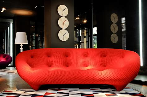 ligne roset canapé ploum the sofas ploum the bouroullec brothers protagonists