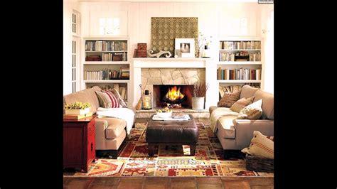 Gemütliches Wohnzimmer Einrichten Kamin Dekostoffe