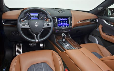 maserati 2017 interior comparison bentley bentayga mulliner 2018 vs