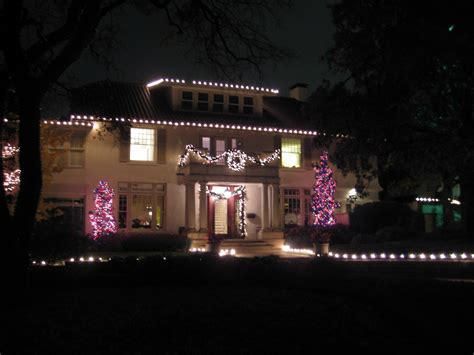 christmas light installations in dallas park cities