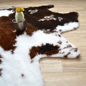 Tapis Imitation Peau : tapis peau de b te imitation vache design 140 x 170 cm ~ Teatrodelosmanantiales.com Idées de Décoration
