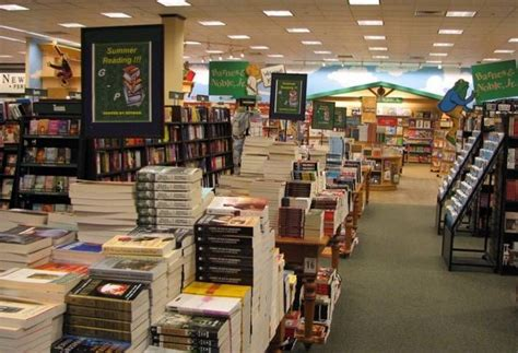 Barnes & Noble To Leave Downtown