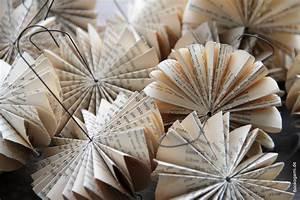 Basteln Mit Buchseiten : schirmchen aus alten buchseiten papier objekte aus alten b chern ~ Eleganceandgraceweddings.com Haus und Dekorationen