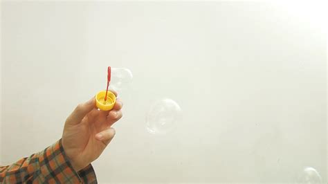 3 ways to make bubbles wikihow