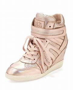 Rose Gold Sprühlack : lyst ash beck metallic wedge sneaker rose gold in metallic ~ A.2002-acura-tl-radio.info Haus und Dekorationen