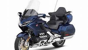 Gold Wing 2018 : leaked 2018 honda gold wing looks production ready ~ Medecine-chirurgie-esthetiques.com Avis de Voitures