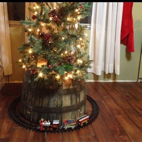 christmas tree base sturdy  pretty diy