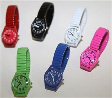 montre quartz femme homme bracelet m 233 tal et elastique cadran couleur ebay
