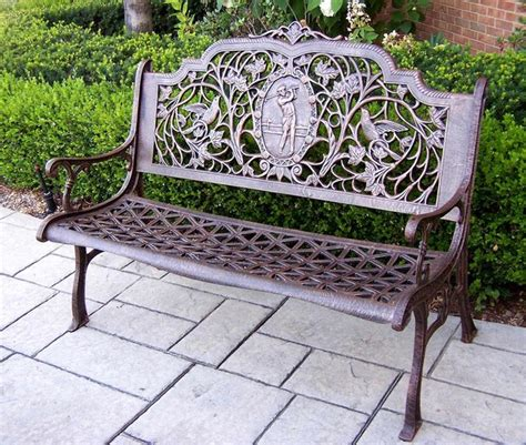 cast aluminum golfer bench with triangle seat pattern