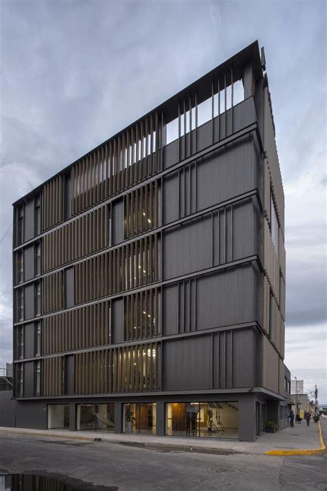 Renovation Of México Fortius Office Building Erreqerre