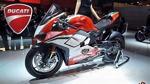Ducati 2018  Panigale V4    Panigale 959 Corse    Monster