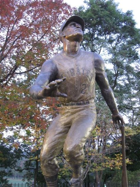 sporting statues project roberto clemente branch