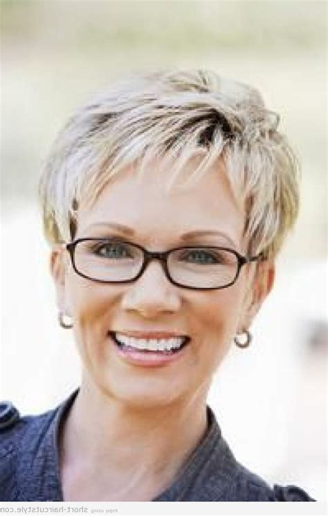Hairstyles For 50s With Glasses by Hairstyles For With Glasses 50 Hairstyles For