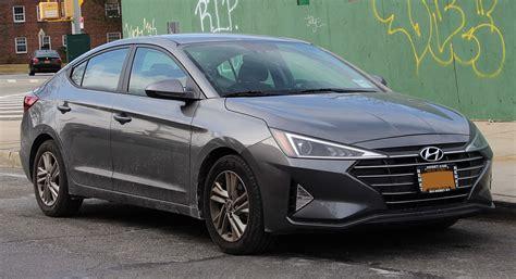 Hyundai Picture by Hyundai Elantra